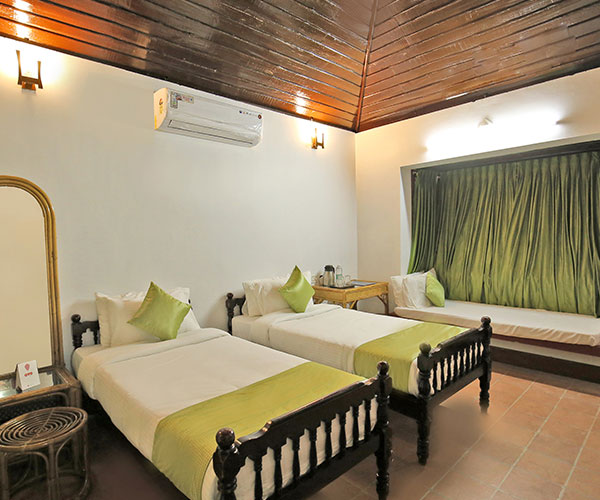 ac rooms in alleppey